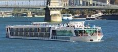 Cruise Ship - AmaBella